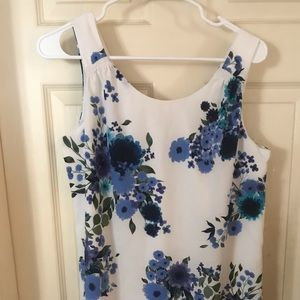 Elaine Rose Blue floral short  dress. Size 4 NWOT